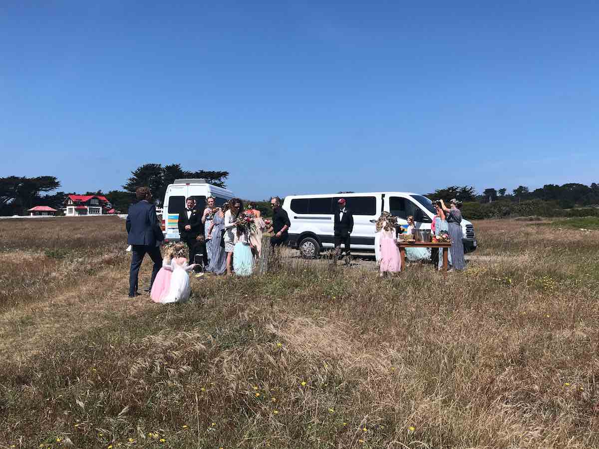 Image: Wedding shuttle - Mendo Insider Tours